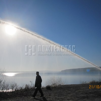 Тушение пожаров лафетными стволами