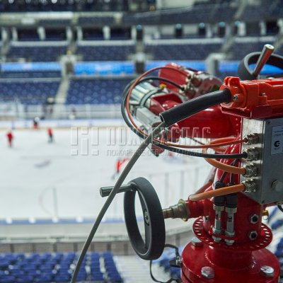 Роботизированное пожаротушение на стадионе